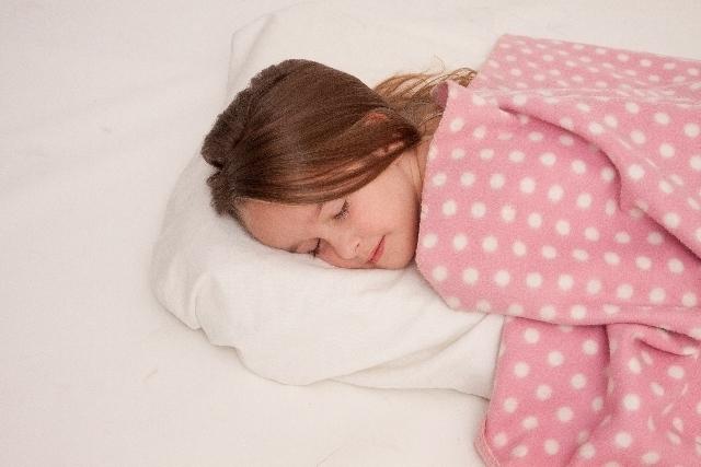 睡眠不足は美と人生の敵!眠りの悩み、解消しましょ♪