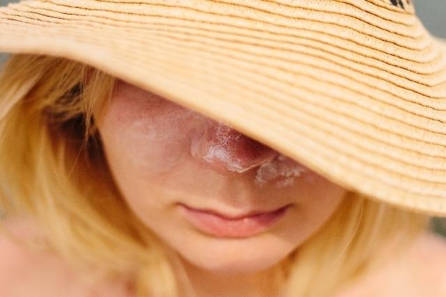 頬に白いぷつぷつが!?これって「艶つや習慣」で改善することができるの?